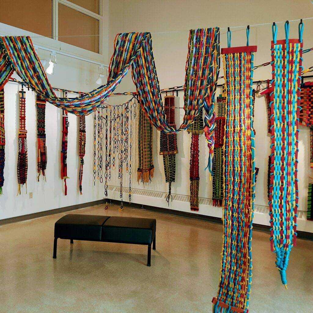 Jennifer Zona, Alternative Grid. Woven dyed wool.